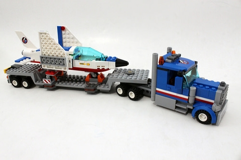 Lego City 60079- Máy bay huấn luyện phản lực giúp phát triển tư duy và định hình tính cách cho trẻ nhỏ