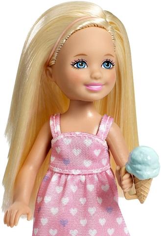 Các chi tiết Barbie Bộ 2 chị em Barbie đều được làm từ nhựa cao cấp