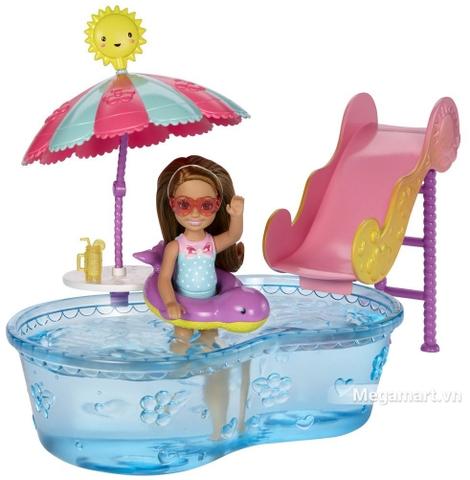 Barbie Bộ phụ kiện nhà cửa Chelsea DWJ47 - Chelsea đang chìm đắm vào dòng nước mát