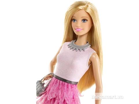 Barbie Fashionistas - Váy hồng với gương mặt cuốn hút và ấn tượng