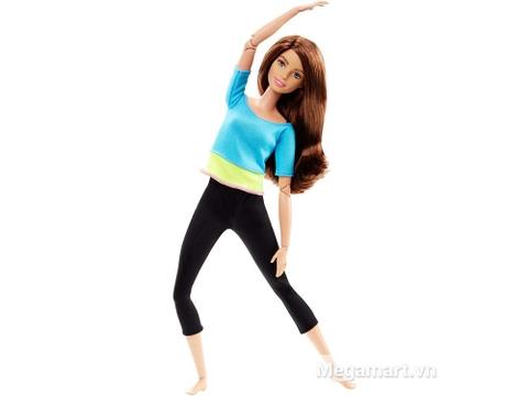 """Barbie Made To Move - Bambi Áo xanh với đa dạng trang phục tư thế tập Yoga """"chuẩn không cần chỉnh"""""""