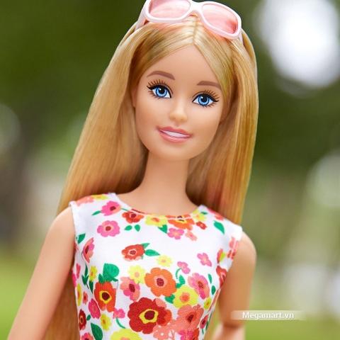 Barbie the Look - Dạo công viên-DVP55 với hình ảnh khuôn mặt xinh xắn