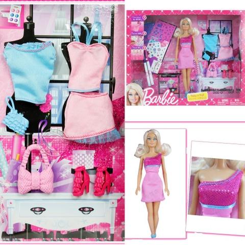 Bộ đồ chơi Barbie Vui thiết kế cùng Barbie cho bé tô theo khuôn hoặc tùy ý vẽ theo những hình mà bé tưởng tượng.