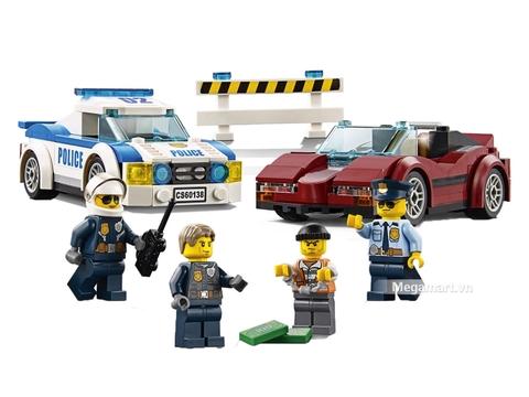 Các mô hình ấn tượng trong bộ Lego City 60138 - Cuộc truy đuổi tốc độ