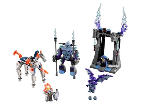 Các mô hình ấn tượng trong bộ Lego Nexo Knights 70348 - Trường thương đấu của Lance