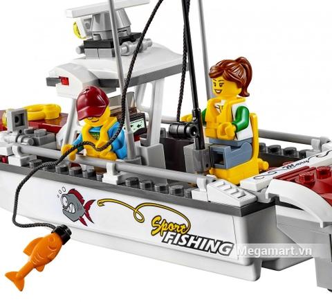 Các mô hình ấn tượng trong bộ Lego City 60147 - Thuyền đi câu