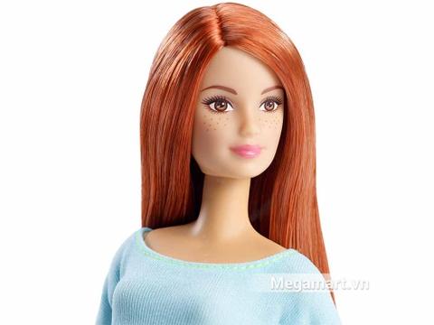 Barbie Made To Move - Áo blue nhạt - khuôn mặt nhân vật