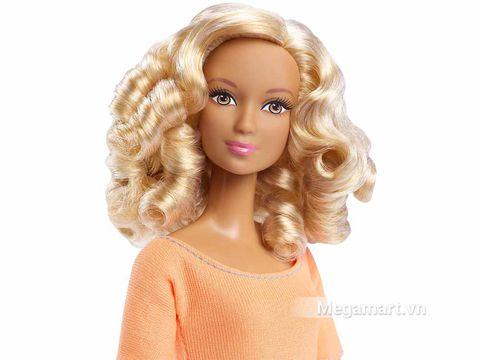 Búp bê Barbie Made To Move - Áo cam xinh đẹp, cá tính