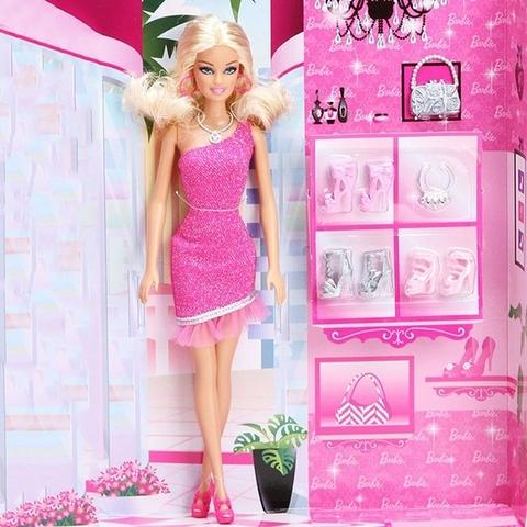 Toàn bộ chi tiết trong Barbie Thời trang giày