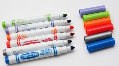 Crayola Bộ bút giấy tô màu hình công chúa - 6 bút lông mini và vở tô màu tăng khả năng sáng tạo