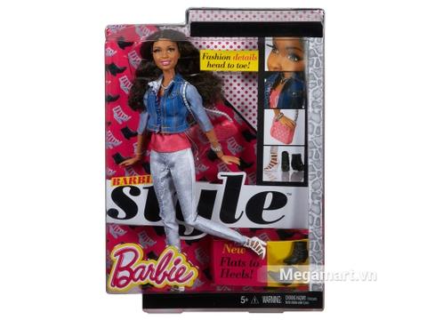 Chi tiết bộ đồ chơi Barbie Style Nikki - Áo Jean