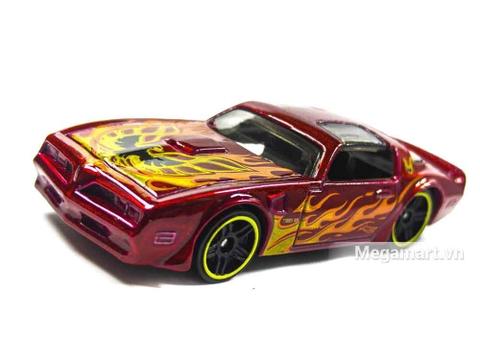 Hot Wheels '77 Pontiac Firebird - mô hình xe mạnh mẽ
