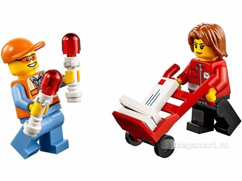 Lego City 60100 - Bộ lắp ráp sân bay khởi đầu - các nhân vật chính