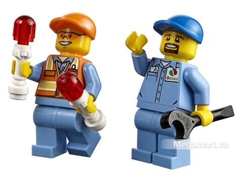 Lego City 60100 - Bộ lắp ráp sân bay khởi đầu - các nhân vật sống động
