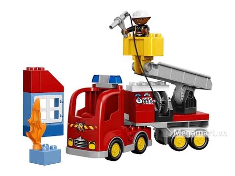 Lego Duplo 10592 - Xe cứu hỏa - bộ đồ chơi nổi bật