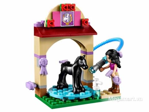 Lego Friends 41123 - Trạm tắm ngựa - Emma tắm cho Diamond