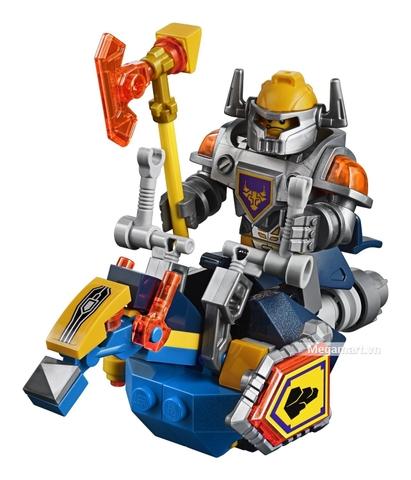 Những chi tiết nhân vật xuất hiện trong bộ xếp hình Lego Nexo Knights 70323