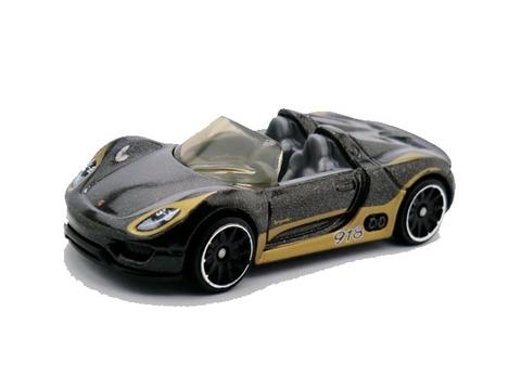 Mô hình Hot Wheels Porsche 918 Spyder thiết kế ấn tượng cho bé chơi say mê