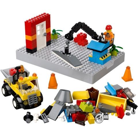 Nhiệm vụ xây dựng hấp dẫn cho bé trong bộ Lego Bricks & More 10657 - Bộ Lắp LEGO Đầu Tiên