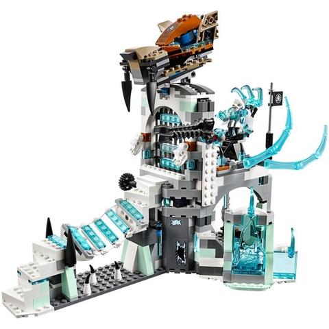 Mô hình tòa nhà Ice Fortress Sir Fangar chân thực trong Lego Chima 70147 - Rừng Băng Của Lãnh Chúa Fangar