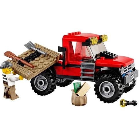 Mô hình xe địa hình của tên tội phạm trong Lego City 60070 - Rượt Đuổi Đầm Lầy