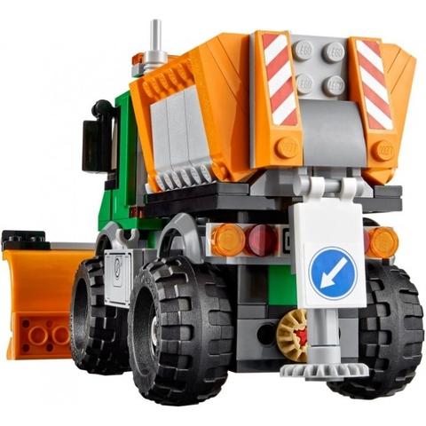 Lego City 60083 - Xe Ủi Tuyết với mô hình chân thực giúp tạo cảm giác hứng thú cho trẻ khi chơi