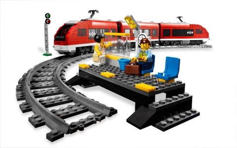 Bộ xếp hình Lego City 7938 - Xe lửa hành khách với nhiều chi tiết tinh xảo