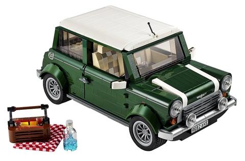 Bộ đồ chơi Lego Creator 10242 với chiếc xe Mini Cooper đầy đủ tiện nghi để bé bắt đầu chuyến đi dã ngoại thôi nào