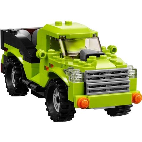 Hay chiếc xe địa hình hầm hồ có trong Lego Creator 31007 - Rô Bốt Biến Hình