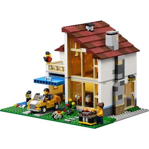 Bé có thể biến hóa ngôi nhà thành biệt thự sang trong như này nữa đấy!