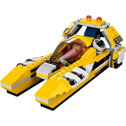 Bộ xếp hình Lego Creator 31023 - Tay Đua Vàng kích thích khả năng sáng tạo cho bé