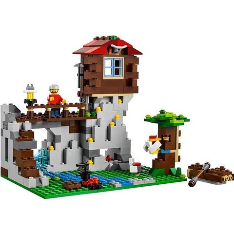 Lego Creator 31025 được làm từ chất liệu nhựa đặc biệt an toàn