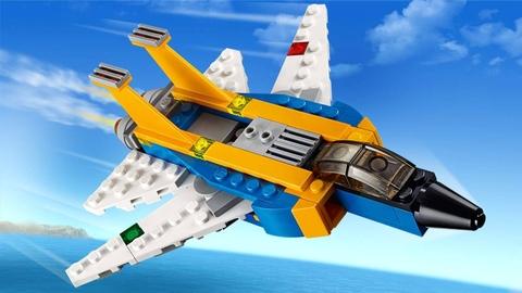 Lego Creator 31042 - Siêu Máy Bay Phản Lực - cùng nhau bay lượn trên bầu trời