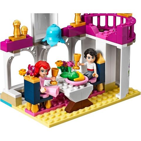 Bộ xếp hình Lego Disney Princess 41052 - Phép Màu Nàng Tiên Cá với nội dung hấp dẫn