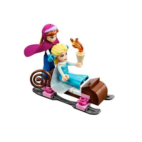 Lego Disney Princess 41062 - Lâu Đài Băng Của Elsa - Anna và Elsa dạo chơi