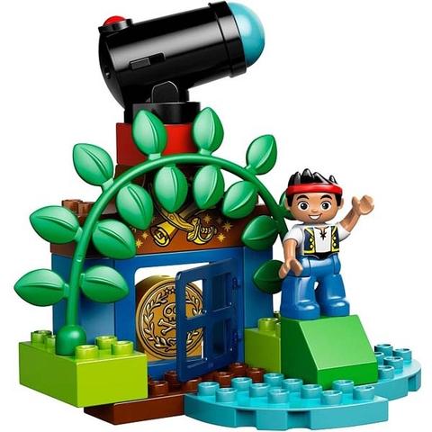Hình ảnh nhân vật xuất hiện trong bộ Lego Duplo 10514 - Tàu Cướp Biển của Jake