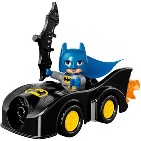 Mô hình xeBatmobile của Batman trong Lego Duplo 10544 - Thách Đấu Joker