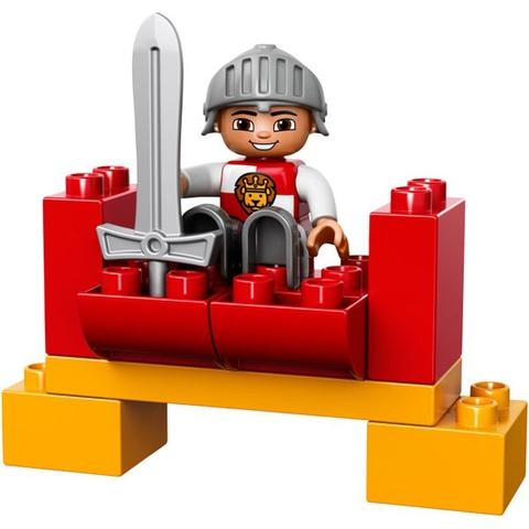 Các chi tiết trong Lego Duplo 10568 - Kỵ Sĩ đều lớn