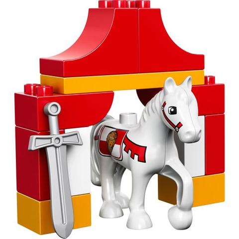 Chú ngựa trong bộ Lego Duplo 10568 - Kỵ Sĩ