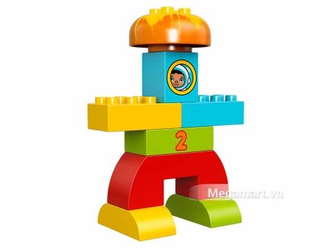 Một hình thù khác của tên lửa trong bộ Lego 10815