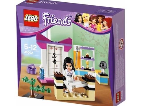 Hình ảnh thực tế bên ngoài sản phẩm Lego Friends 41002 - Võ Đường Con Gái