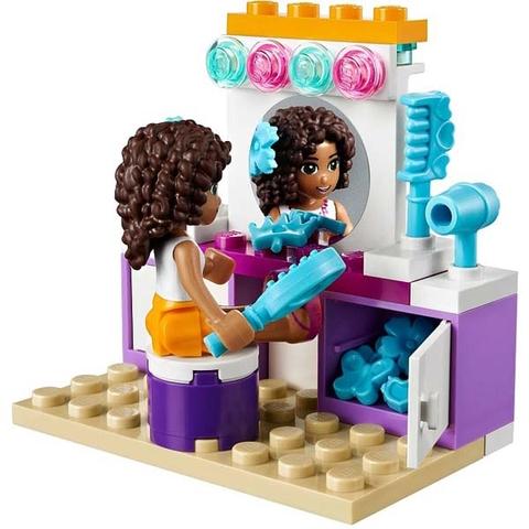 Nhân vật Andrea xuất hiện trong bộ xếp hình Lego Friends 41009 - Phòng Ngủ Của Andrea
