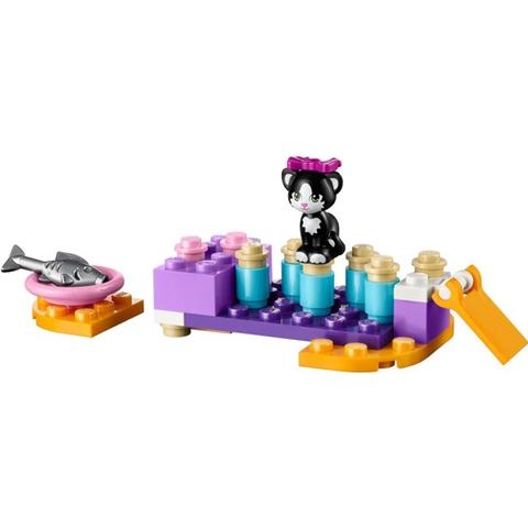 Tập tính cẩn thận cho bé bằng cách chơi cùng bộ xếp hình Lego Friends 41018 - Sân Chơi Cho Mèo Cưng