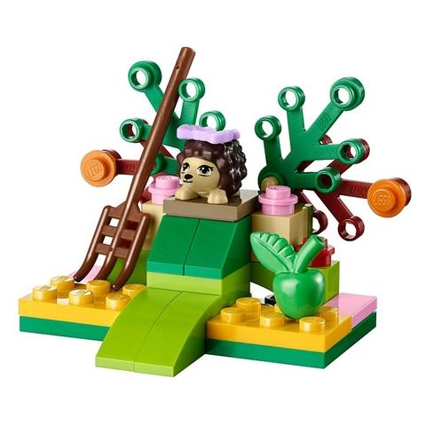 Mô hình căn cứ rừng xanh trong Lego Friends 41020 - Hang nhím