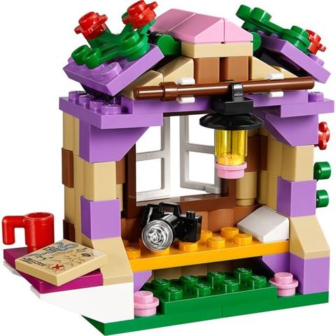 Ngôi Nhà Trên Núi Của Andrea cho bé thỏa sức khám phá