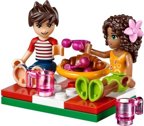 Bộ đồ chơi Lego Friends 41097 - Heartlake Hot Air Balloon giúp phát triển khả năng tư duy
