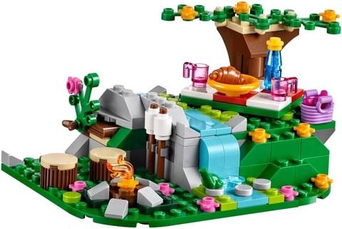 Các bé hãy cùng lên đường và khám phá chuyến phiêu lưu kỳ thú cùng bộ xếp hình Lego Friends 41097 - Heartlake Hot Air Balloon nhé
