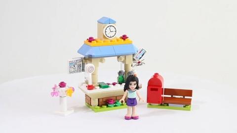 Lego Friends 41098 - Quầy Thông Tin Du Lịch của Emma - toàn bộ các chi tiết của bộ sản phẩm