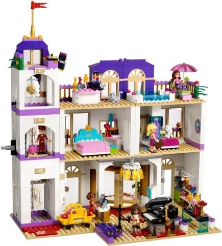 Khách sạn sang trọng trong Lego Friends 41101 - Khách sạn 5 sao Heartlake