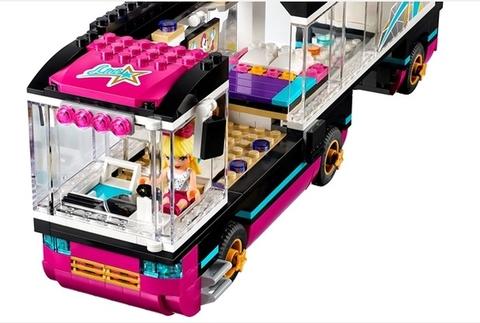 Chiếc xe bus ngôi sao hiện  đại đầy đủ tiện nghi trong Lego Friends 41106